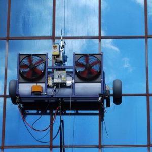 Servicio de limpieza de vidrios robotizado a edificios