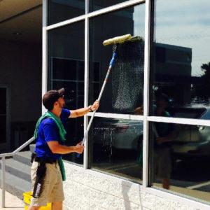 Servicio de Limpieza de vidrio interior y exterior